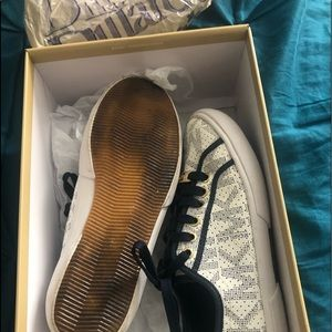 Women Micheal Kors Sneakers